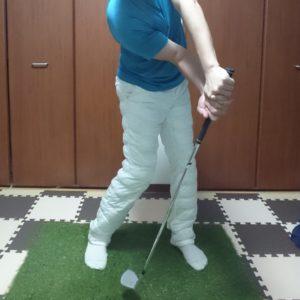 肘の動的ストレッチ4